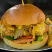 Photo of menu item: Fried Chicken Burger
