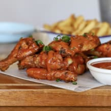 Photo of menu item: Wings - spicy gold
