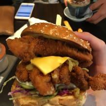 Photo of menu item: CRISPY CHICKEN BURGER