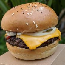 Photo of menu item: Good American & Chips