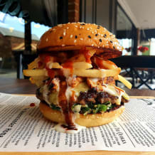 Photo of menu item: Snack Pack Burger 🍔