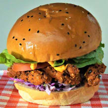 Photo of menu item: Southern Coast Chicken Burger