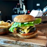 Photo of menu item: New Yorker Burger