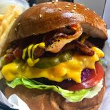 Photo of menu item: Cheeseburger Deluxe