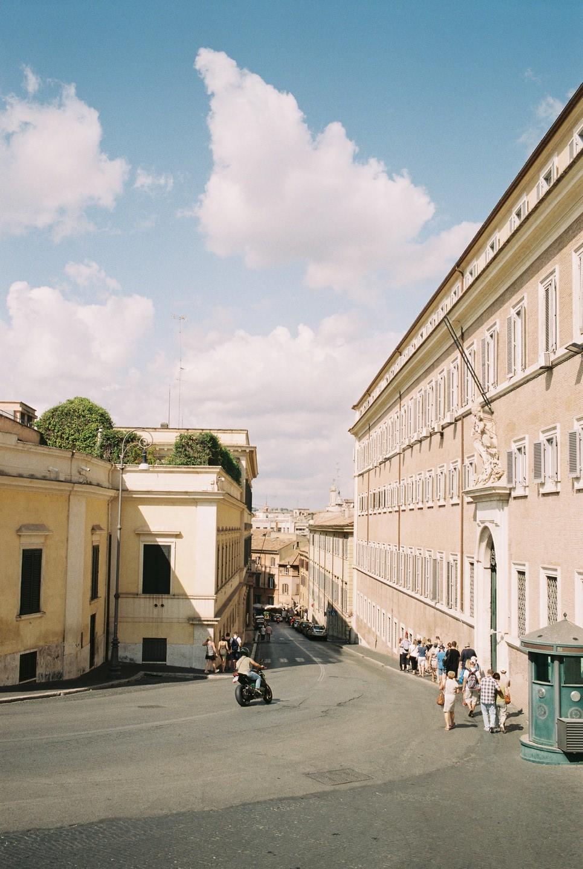 Sep 5, 2017 - Rome: 7