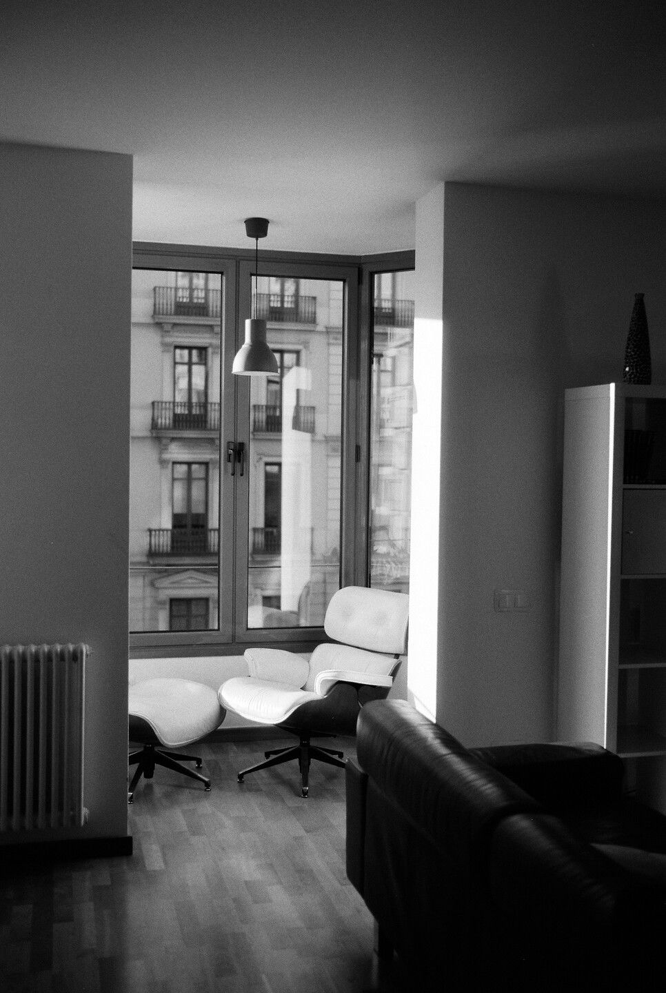 Sep 22, 2019 - Barcelona in Black and White