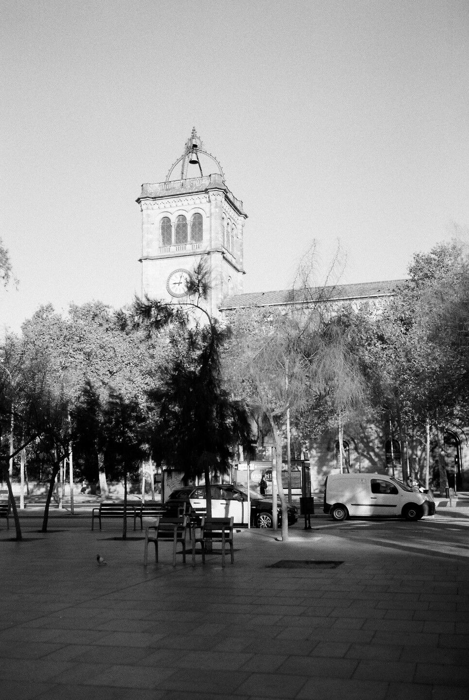 Sep 22, 2019 - Barcelona in Black and White: 11