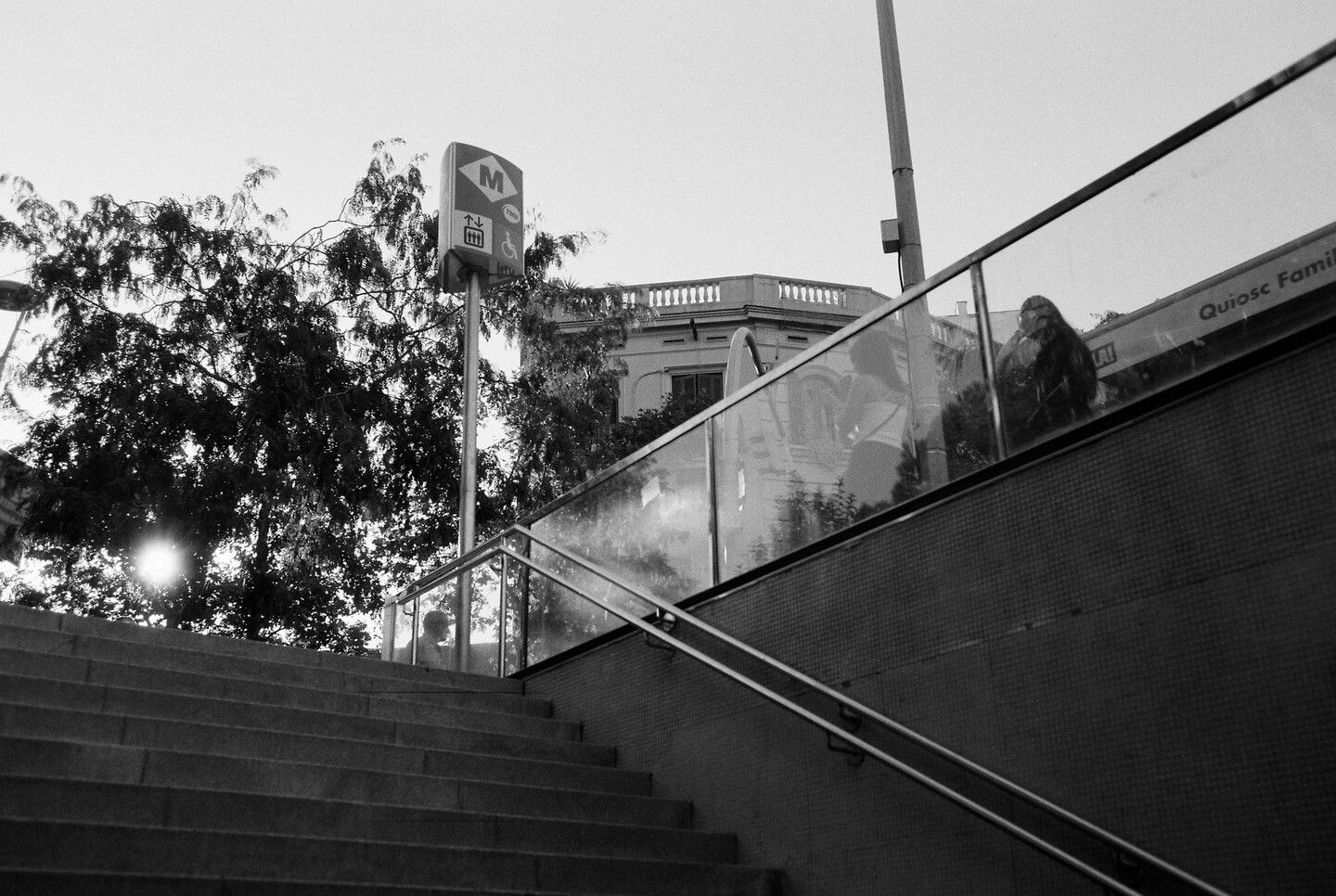 Sep 22, 2019 - Barcelona in Black and White: 5