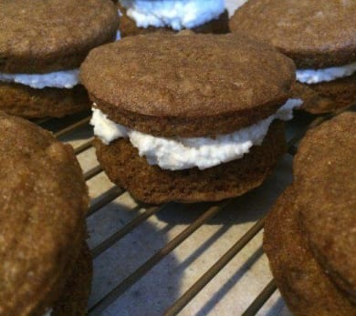 Whoopie Pies With Butterscotch Frosting