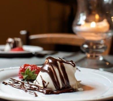 Vanilla Panna Cotta with Chocolate Ganache