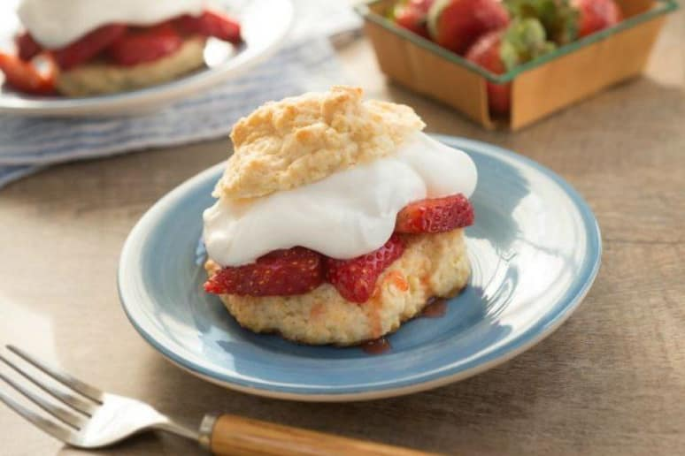 Old-Fashioned Berry Shortcakes