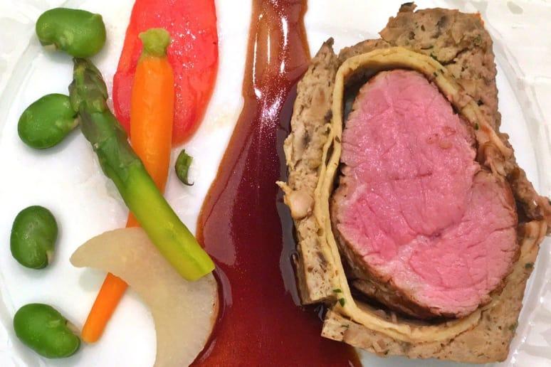 La Réserve: Wellington of Veal Tenderloin With Cabernet Sauvignon Reduction and Harvest Vegetables