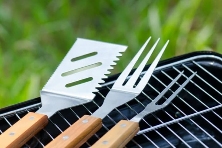 Choose the Right Tools at Your Barbecue