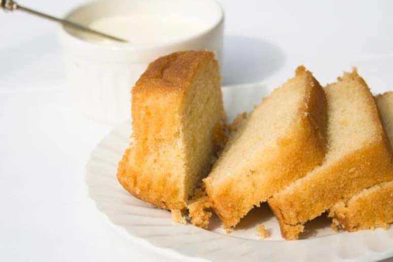 Lemon Yogurt Pound Cake