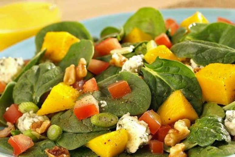 Spinach Salad with Mango Vinaigrette