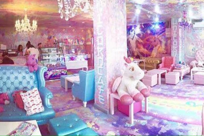 A mashup between your pre-teen bedroom and a Lisa Frank poster come to life in the form of a twee café.