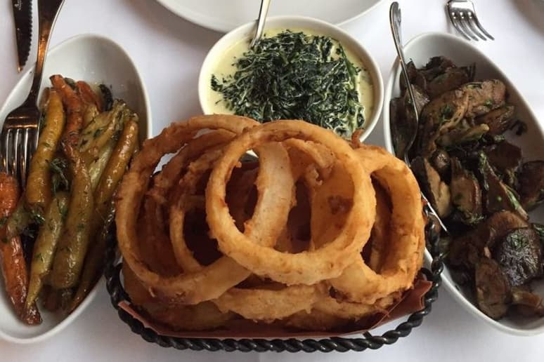 Onion Rings: Porter House Bar & Grill, New York