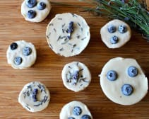7-Ingredient Blueberry and Lavender Vegan Cheesecake