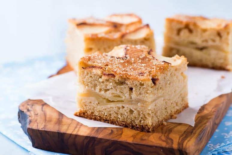 Passover Pareve Apple Cake