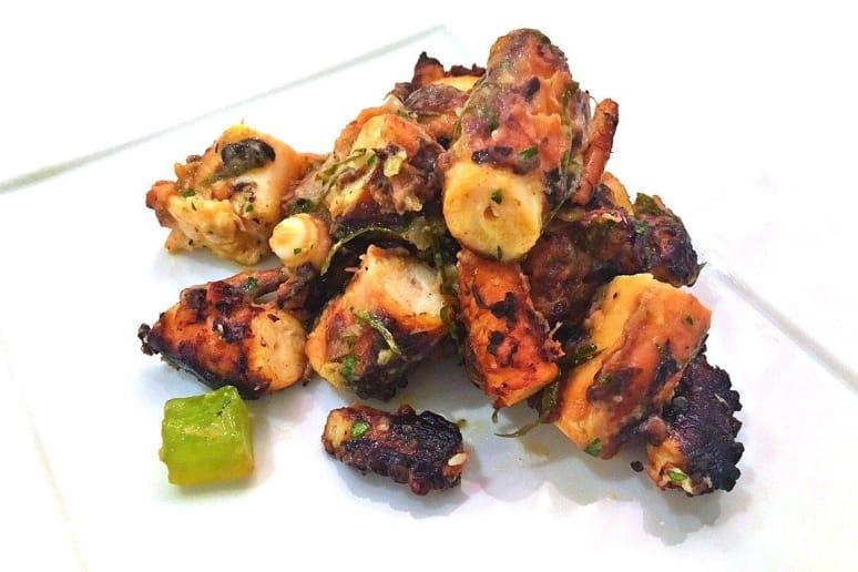 Privée: Octopus Potato Stew