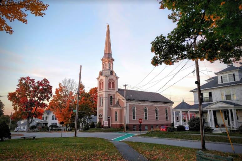 Massachusetts: Brookfield