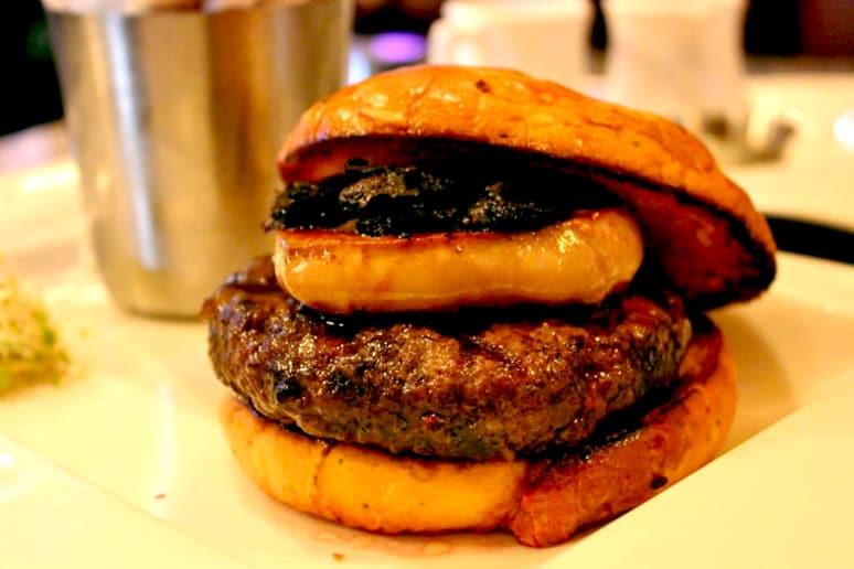 #5 Burger Bar, Las Vegas: The Rossini ($60)