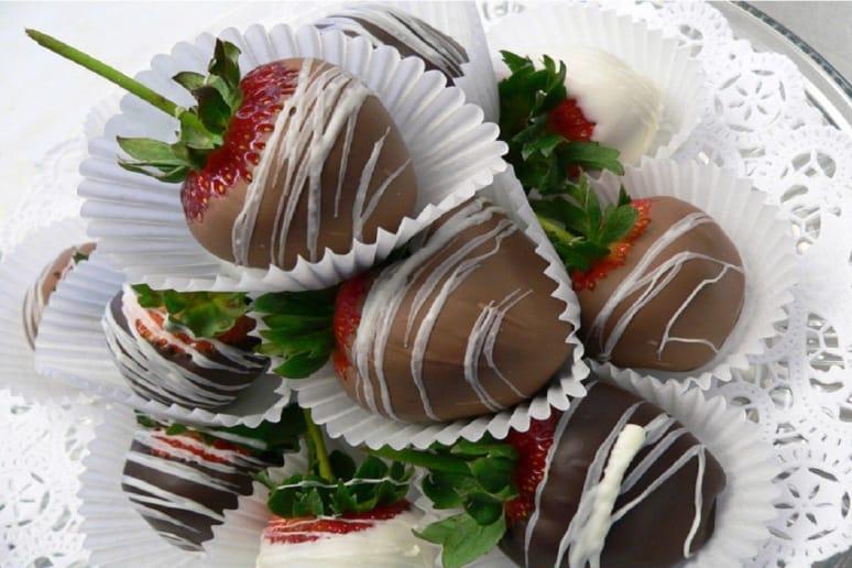 Menu: Chocolate-Dipped Strawberries