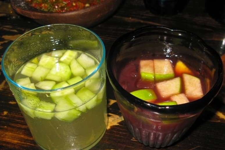 Sake sangria and red wine sangria