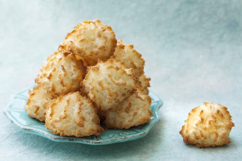 Perfectly Squidgy Coconut Macaroons