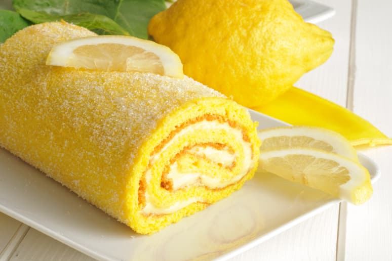Double Lemon Cake Roll