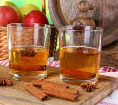 Cinnamon and Apple Mulled Cider