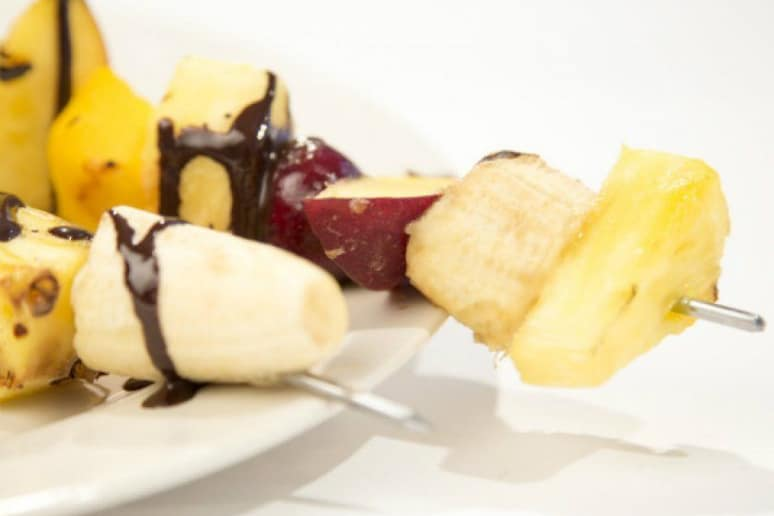 Grilled Fruit Kebabs With Chocolate