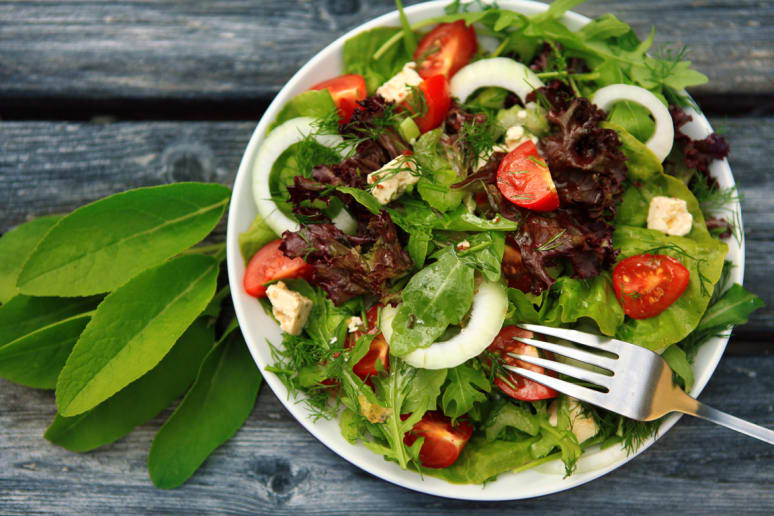 Side Salads Increase Nutrient Intake