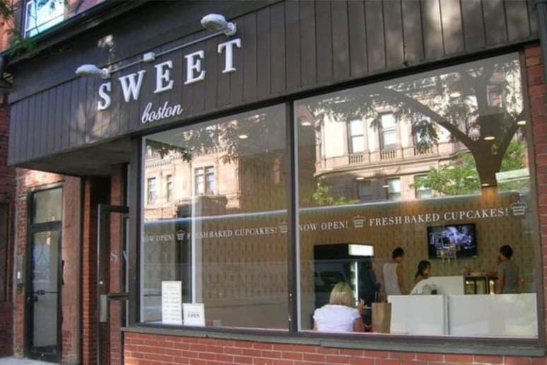 Best Cupcake: Sweet Bakery, Boston