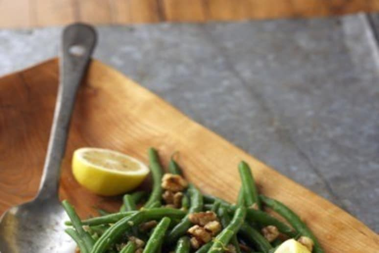 Green Beans with Lemons and Walnuts