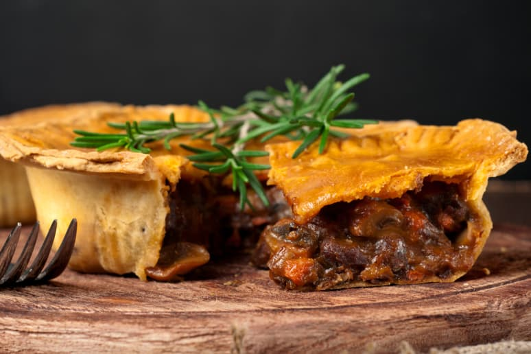 Bran's Beef and Bacon Pie