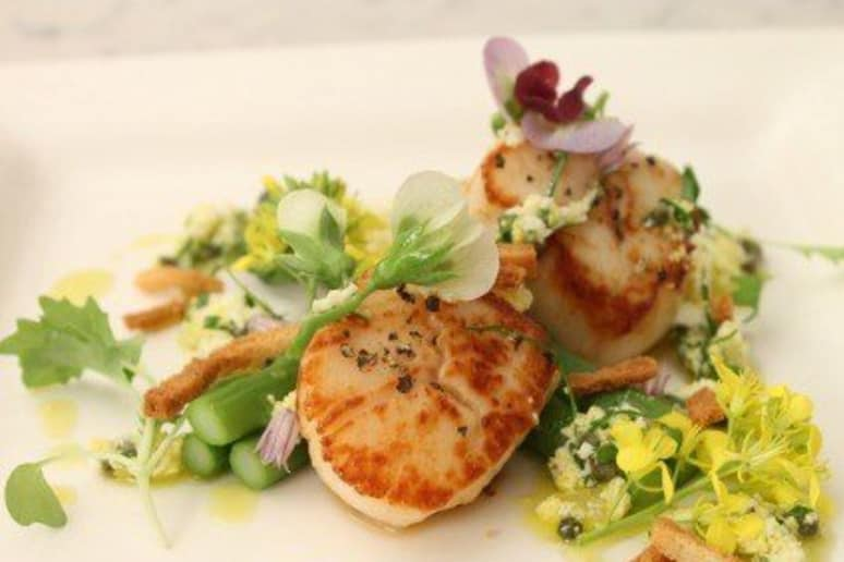 "Dish with Diane: Chef Frédéric Duca's Seared Scallops, Green Asparagus, and ""Gre"