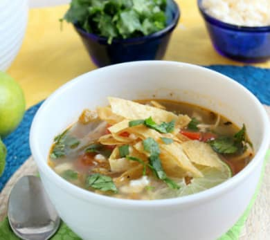 Yucatán Chicken and Lime Soup