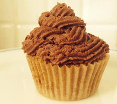 Chocolate Frosted Macaroon Cupcakes