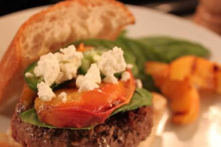 Grilled Bison Burger with Peaches and Jalapeno