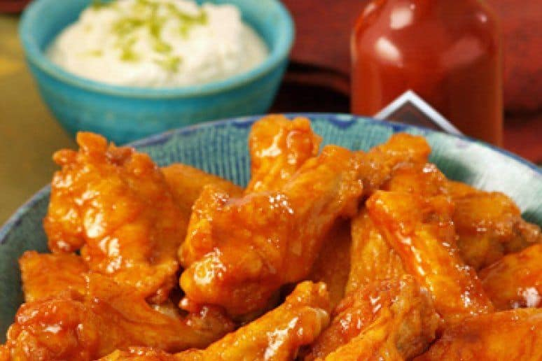 14 Amazing Wing Recipes for Tailgate Time