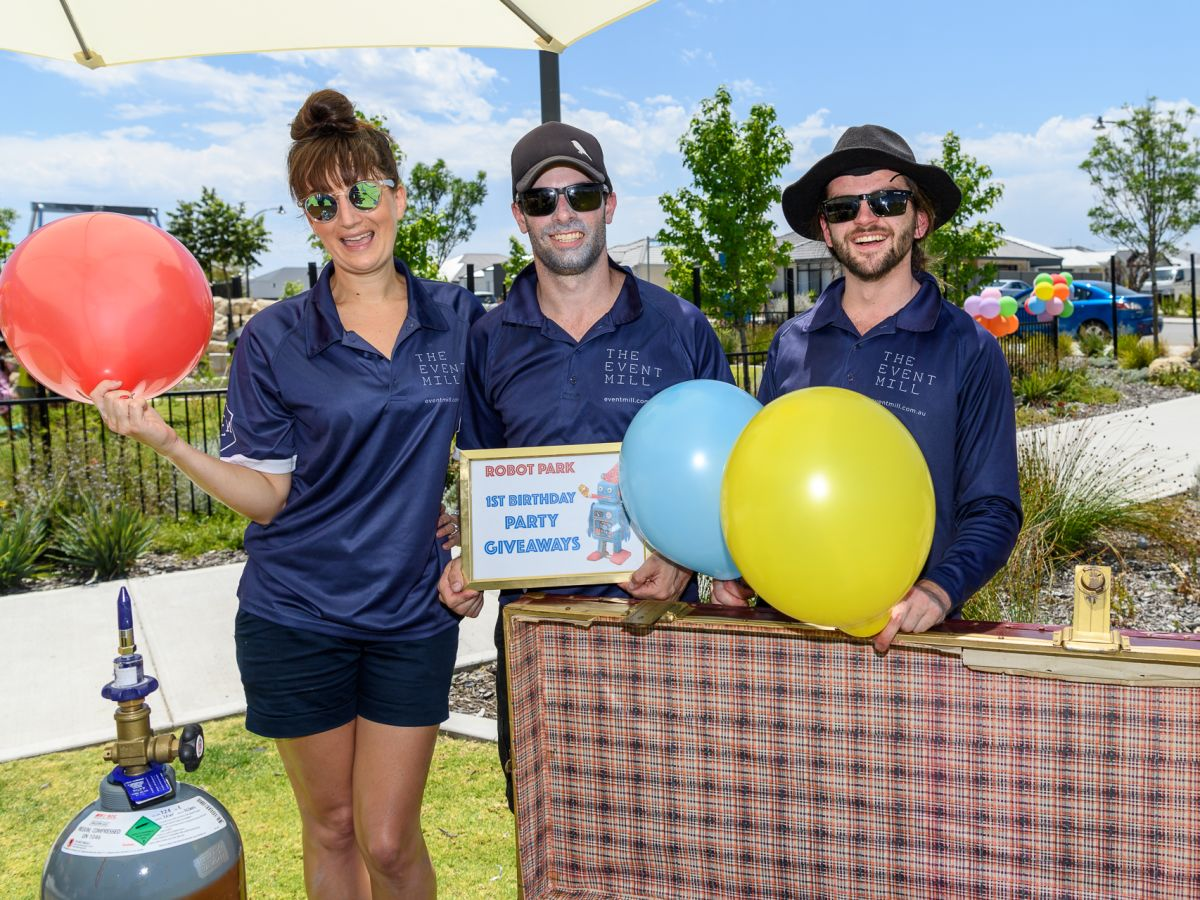 The TEM team in action at the Stockland Robot Park 1st Birthday