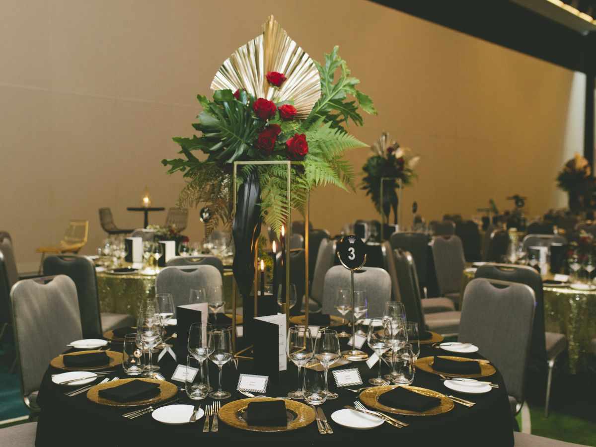Styling and Custom Table Centrepiece