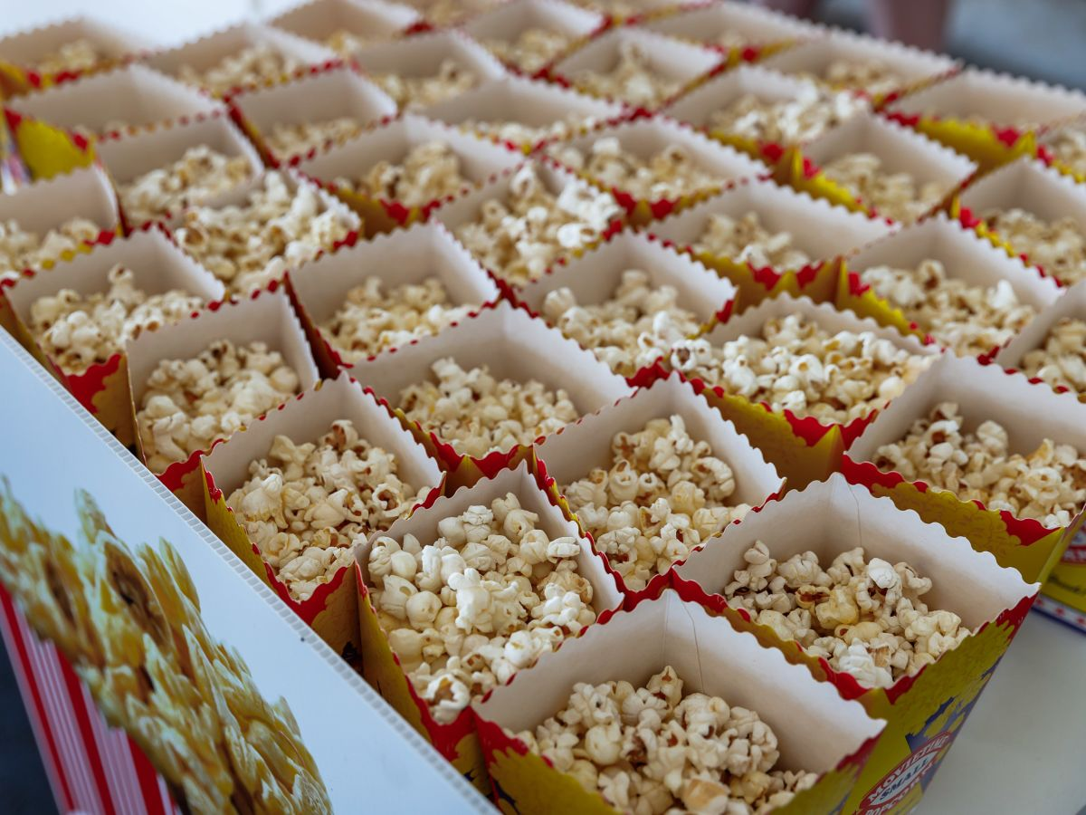 Popcorn give-away