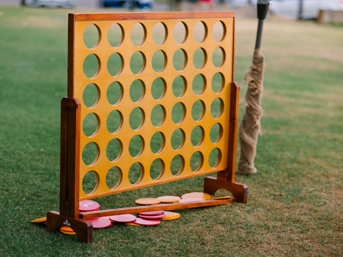 Connect 4 – Lawn Games