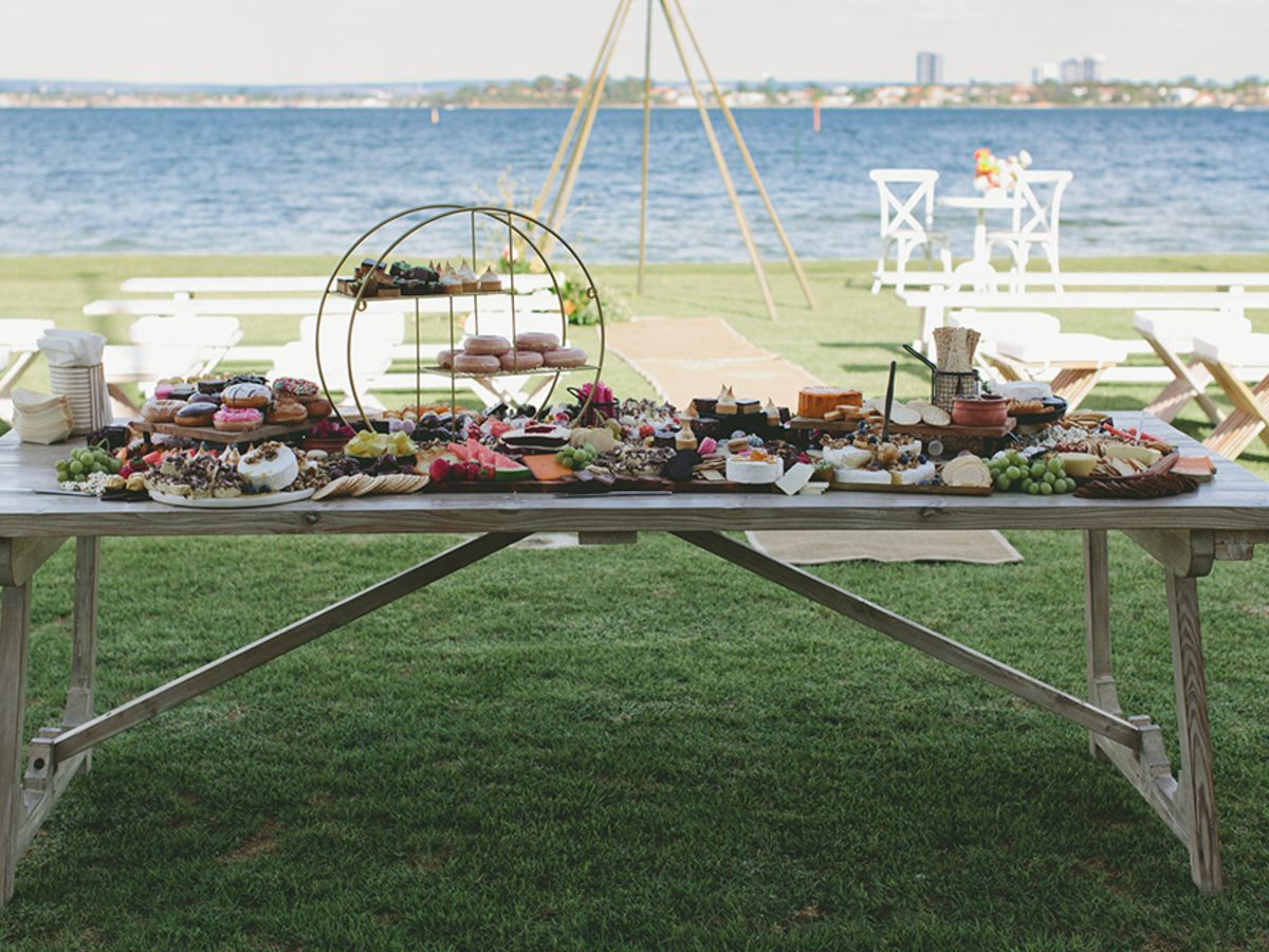 Hamptons Dining Table Grazing Station