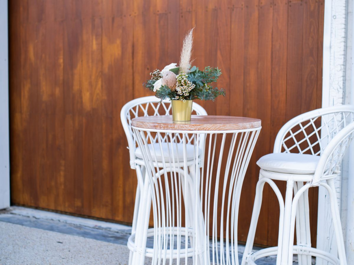 Hamptons Stool and Cocktail Table