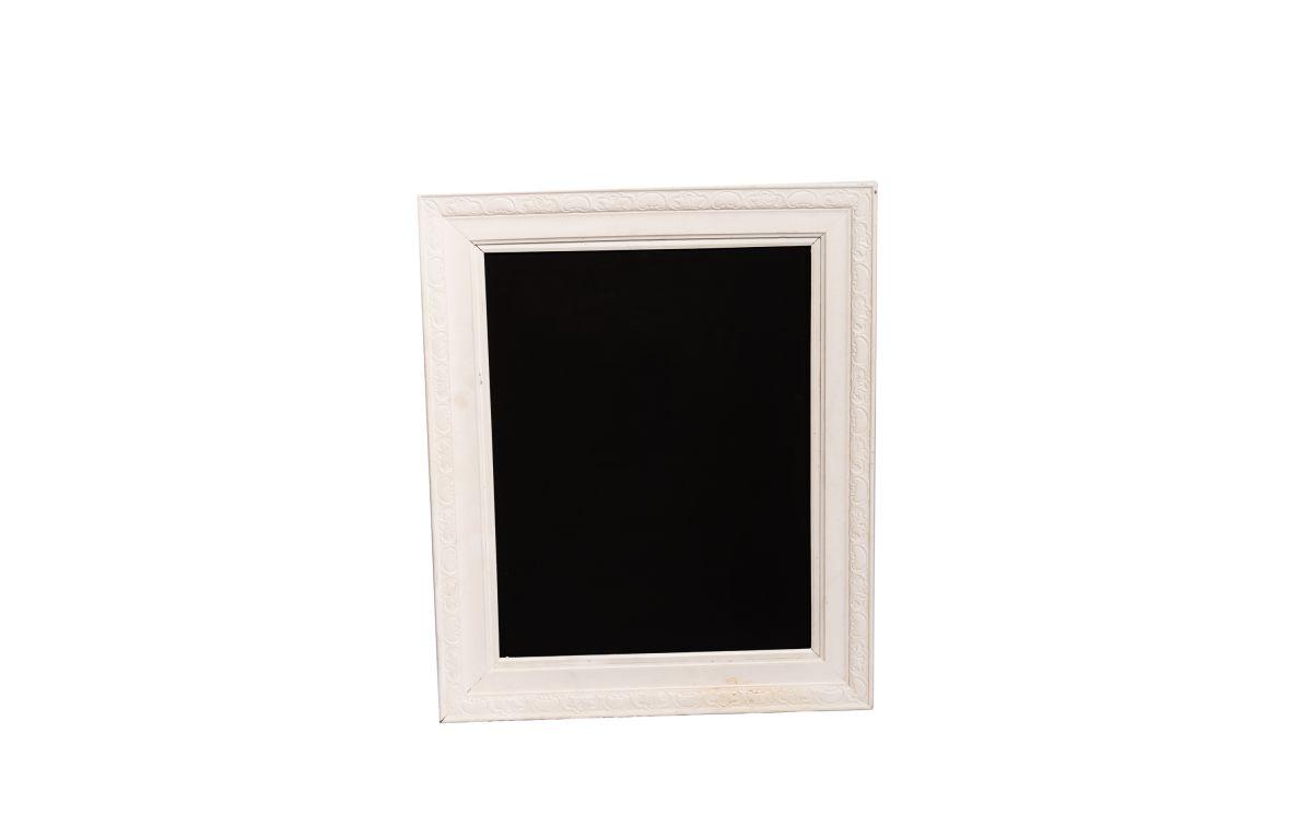 Chalkboard_in_White_Frame_62cm_x_73cm