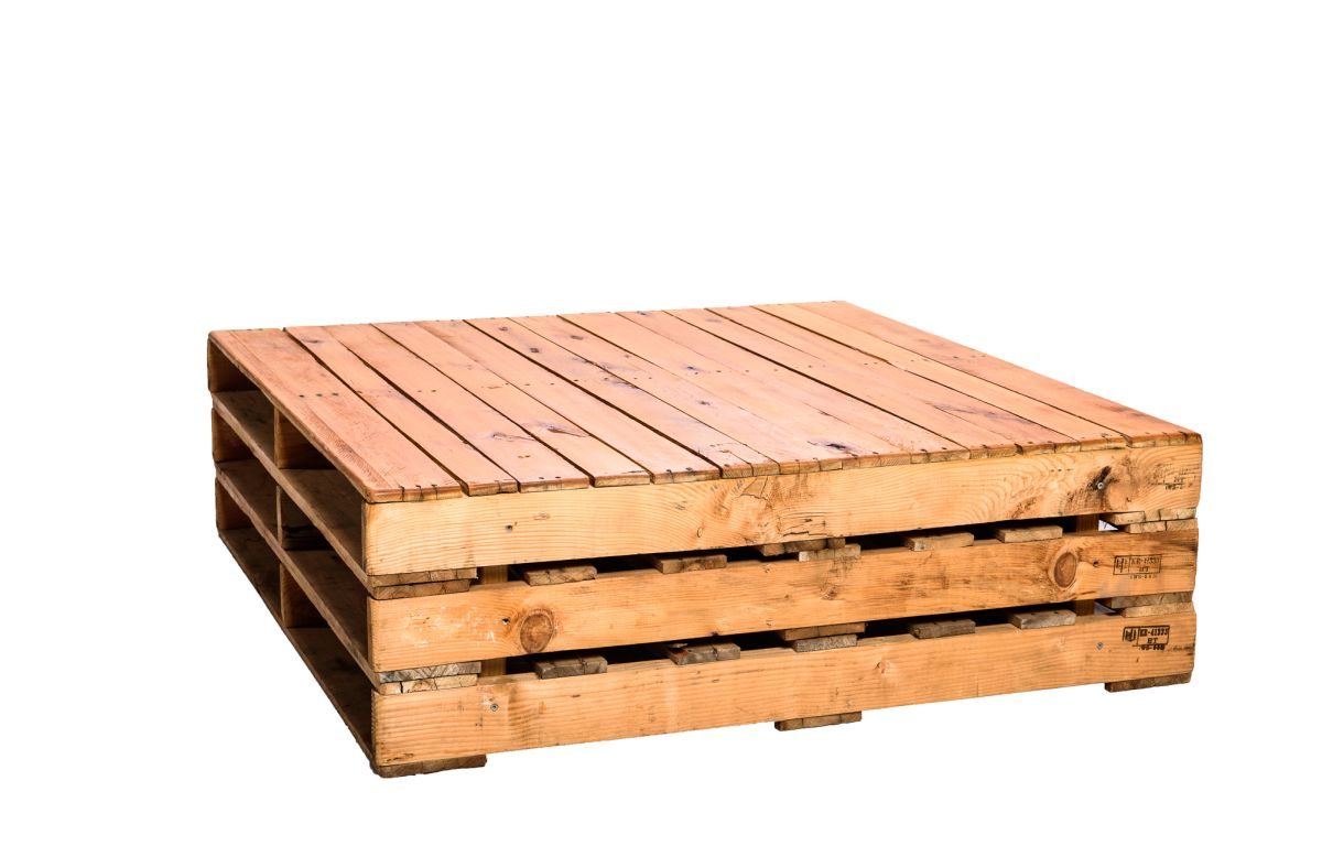 Pallet_Coffee_Table_Large_-_1170mmL_x_1150mmW_x_350mmH