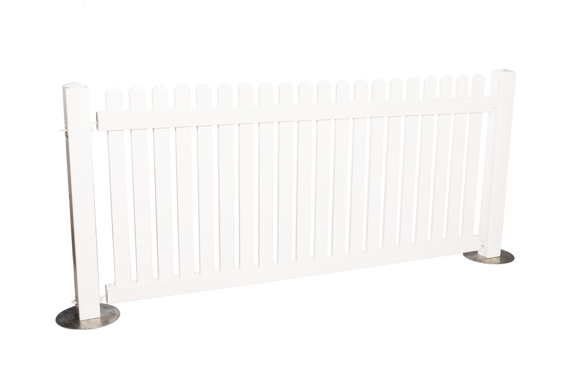 White_Picket_Fencing_Panel_-_2.5mW_x_1.1.mH